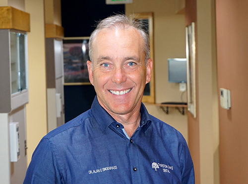 Dentist, Dr. Alan Snodgrass in Vancouver, WA